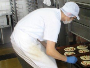株式会社山一パン総本店 製造プロセス4