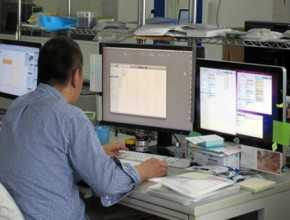 株式会社ミノウチ写真印刷 製造プロセス1